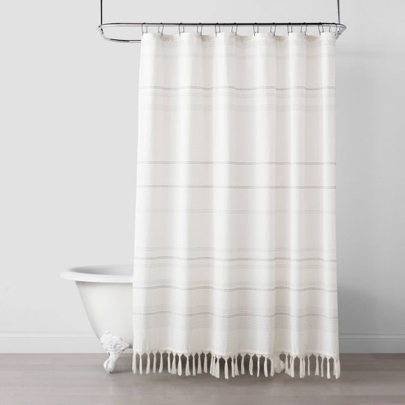 Hearth & Hand Woven Stripe Knotted Fringe Shower
